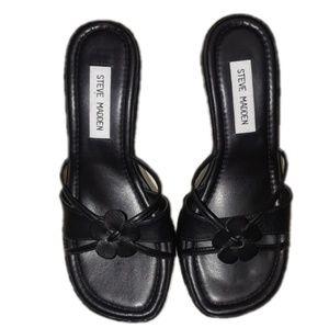 Steve Madden black leather Rosiee sandals